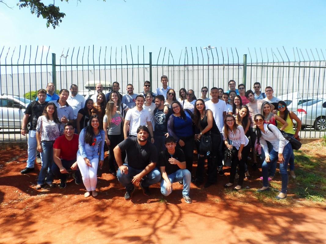 Estudantes da Administração visitam a 7a edição da Feira do Empreendedor