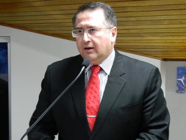 Vereador cobra a Secretaria de Educação de Avaré