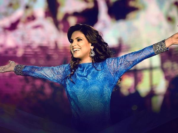 Cantora gospel Aline Barros faz  show em Avaré em julho
