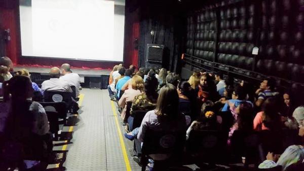 Circuito Estradafora levará cinema e teatro aos estudantes