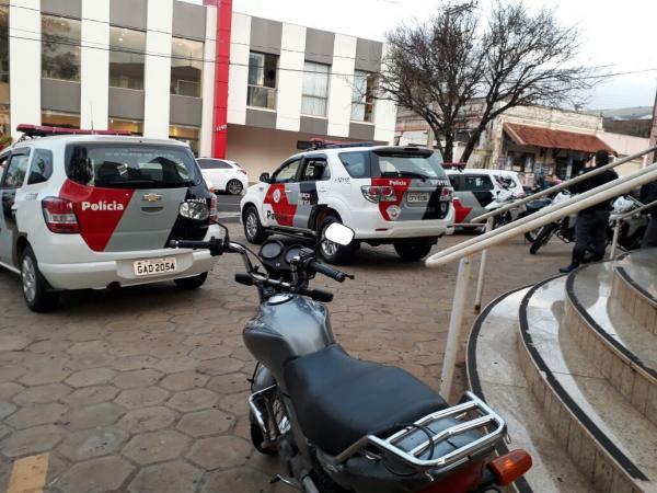 Moto furtada é recuperada durante operação militar em Avaré