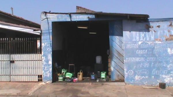 Polícia Civil apreende quase 500 litros de combustível em casa
