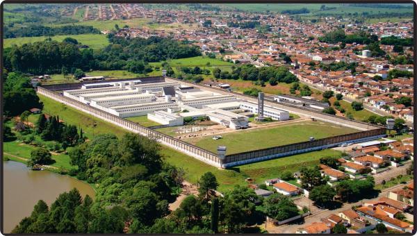 PM evita fuga de preso da PI de Avaré durante escolta
