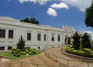A Santa Casa de Misericórdia de Avaré contrata pessoas com deficiência