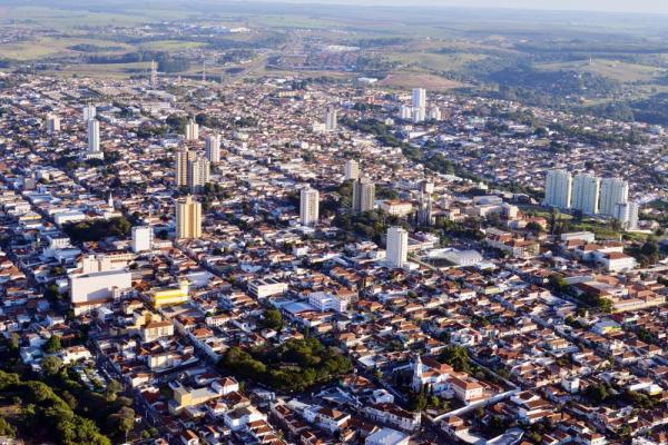 Botucatu tenta instalação de 20 novas empresas e realiza ação para fomentar o turismo