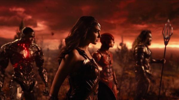 A Estrela de Belém e Liga da Justiça em cartaz no Cine Uniplex Avaré