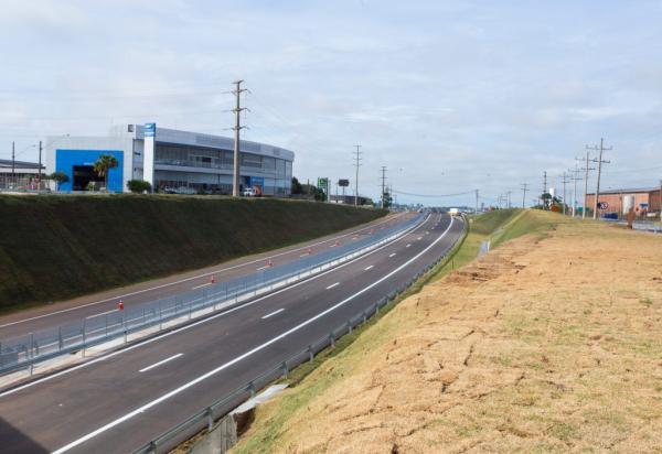 Operação Natal: 43 mil veículos são esperados na Rodovia João Mellão