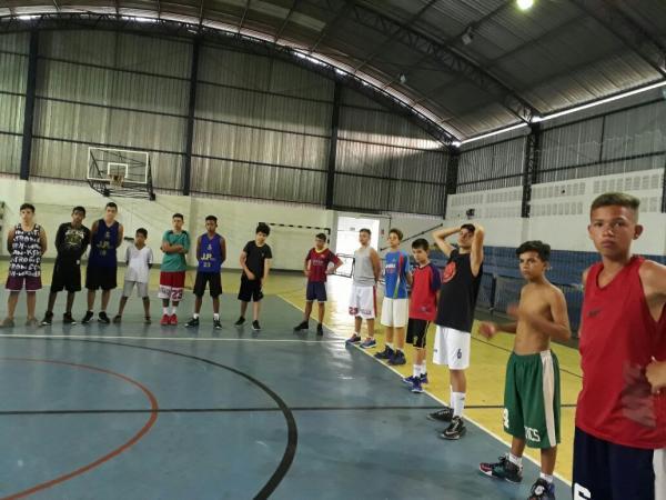 SEME divulga a programação da Escolinha de Basquete em Avaré