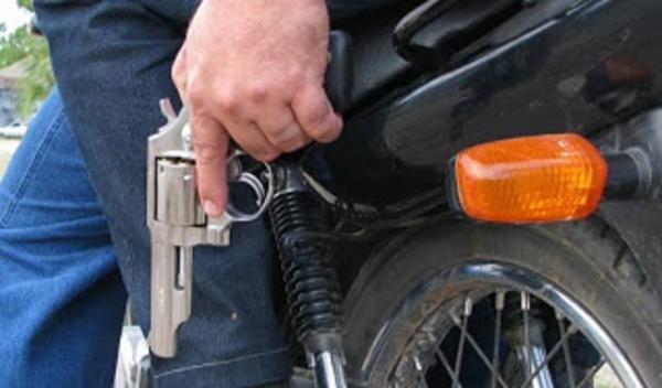 Dupla armada assalta posto de combustíveis em rodovia de Avaré