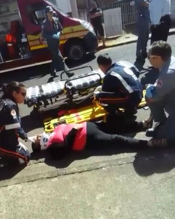 Passageira fica ferida após ser arrastada por ônibus em Avaré