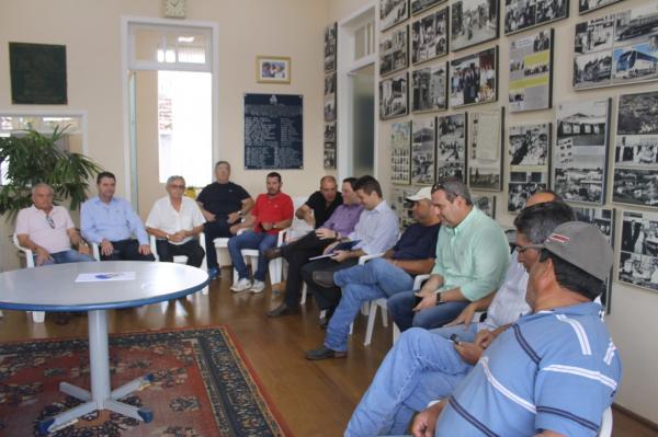 Reunião confirma união para permanência da ABQM em Avaré