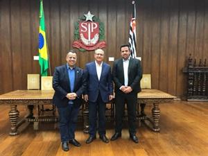 Prefeitura assina convênio de R$ 1 milhão para interligação dos Bairro Água Branca e Vila Jardim, em Avaré (SP)