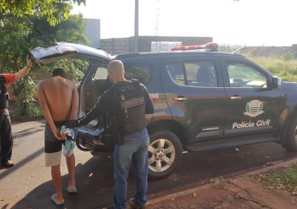 Polícia captura irmãos suspeitos de matar adolescente a facadas
