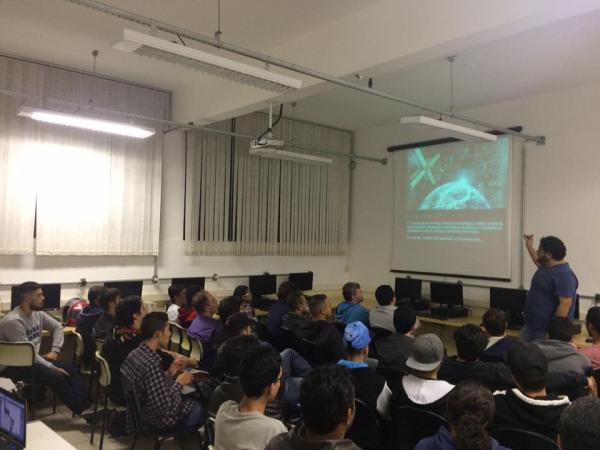 Etec de Avaré promove semana de eventos sobre informática