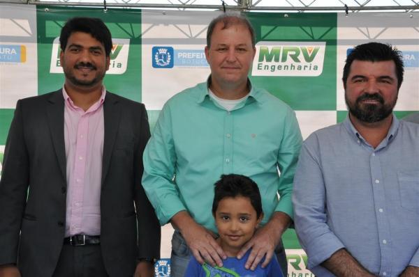 Prefeitura de Botucatu e MRV iniciam construção de nova Escola de Tempo Integral