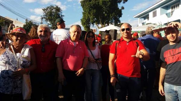 Vereadores de Avaré vão a Curitiba em manifesto pró Lula livre