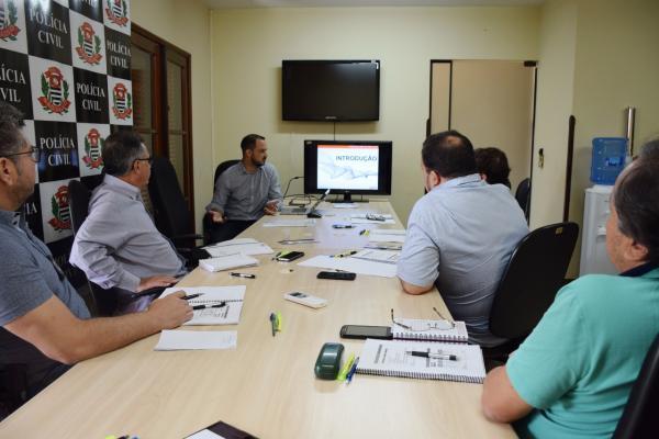 Policiais civis de Avaré recebem treinamento de atualização da norma ISO 9001