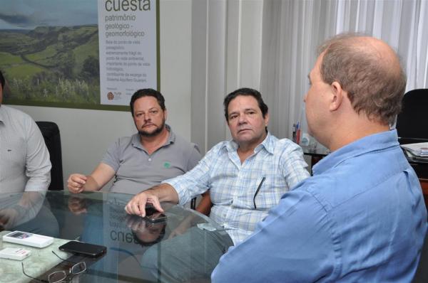Reunião firma acordo para construção de 5ª Escola de Tempo Integral em Botucatu