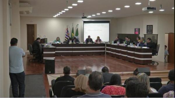 Prefeito de Paranapanema tem mandato cassado por dispensa de licitação