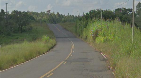 Passageiro morre após carro capotar em estrada vicinal de Avaré