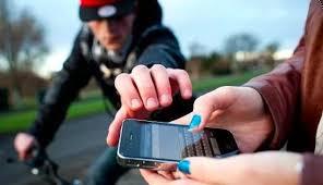 Homem agride jovem para tentar roubar celular em Avaré (SP)