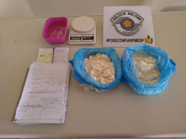PM prende traficante com mais de 2 kg de cocaína em Avaré (SP)