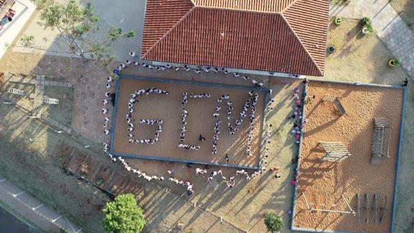 Guarda Municipal de Botucatu leva drone para escolas municipais
