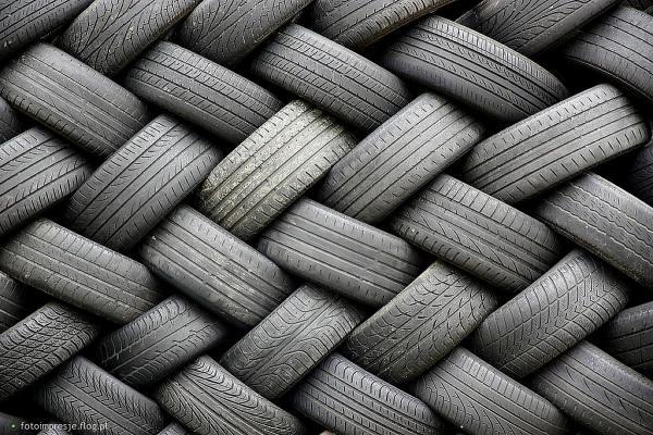 Começou a semana de coleta de pneus usados