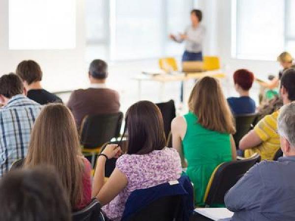 Cras promove palestras e oficinas