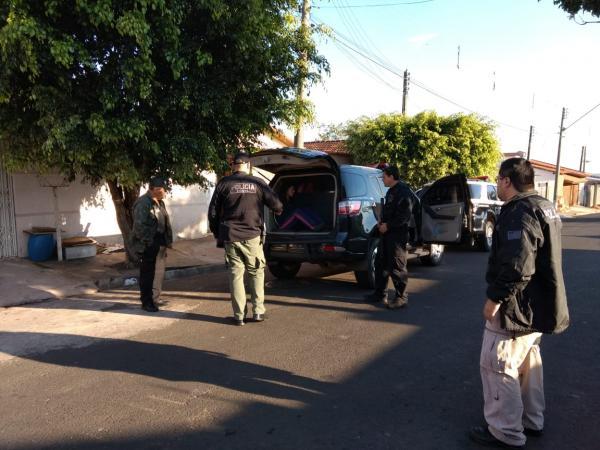 Polícia prende mulher que escondia droga em bicho de pelúcia em Avaré