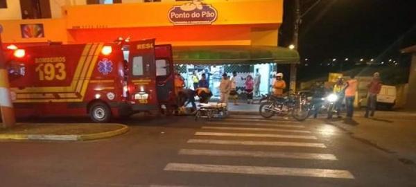 Motociclistas se envolvem em acidente na Avenida Pinheiro Machado