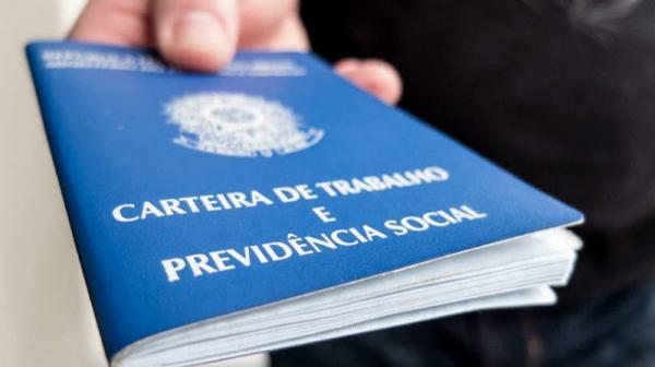 PAT oferece 12 vagas de emprego em Avaré