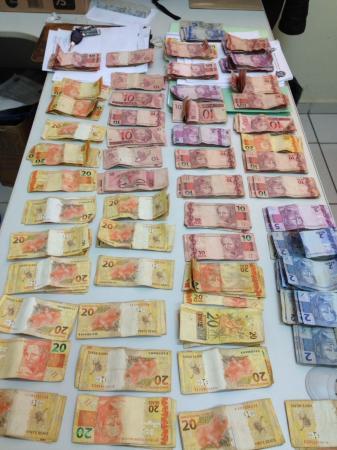 Homem é preso por tráfico de drogas no Jardim Tropical