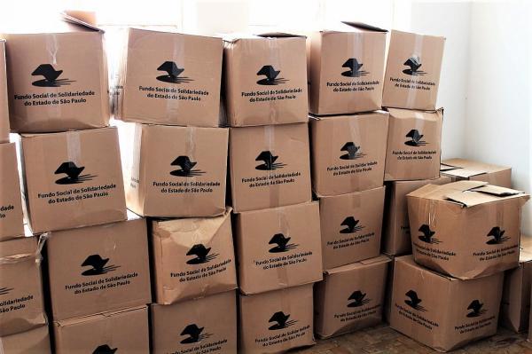 Fundo Social começa a distribuir agasalhos arrecadados