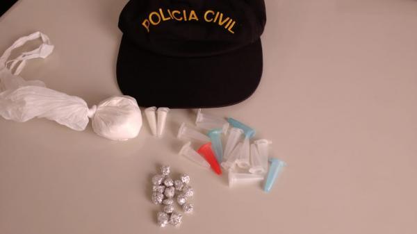 Polícia Civil prende mulheres por tráfico de drogas e receptação