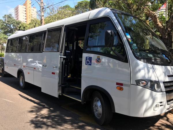 Prefeitura de Avaré adquire novo micro-ônibus para transporte de pacientes