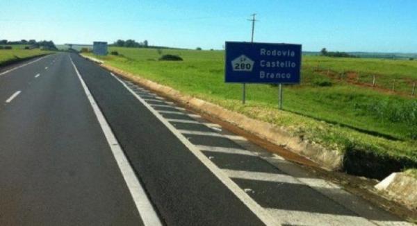 Capotamentos são registrados na rodovia Castello Branco em Avaré e Cerqueira César