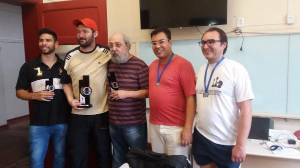 Fernando Pardo é o mais novo campeão avareense de xadrez.