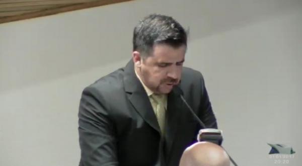 Jô Silvestre enfrenta oito denúncias no Ministério Público