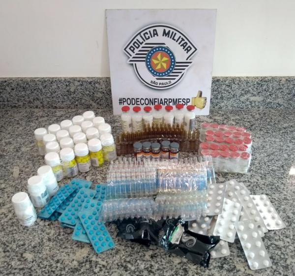Polícia Rodoviária apreende 2 mil frascos de estimulantes sexuais em Avaré