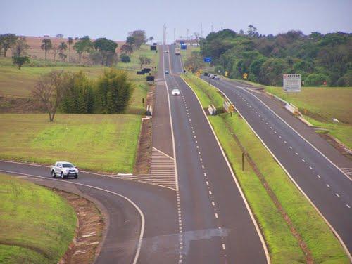 CCR SPVias realiza obras em rodovias da região