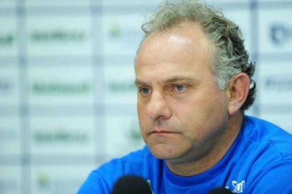 Toninho Cecílio é o novo técnico do Anapolina do Futebol Goiano