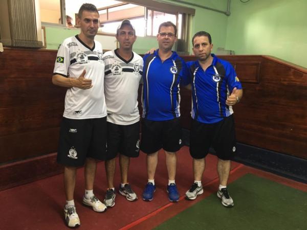 Campeões Luciano e Luciano e vices Cleber e Caco Foto: Edmar Ferreira