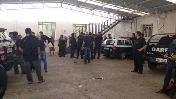 Operação da Polícia Civil prende suspeitos de tráfico de drogas em Cerqueira César