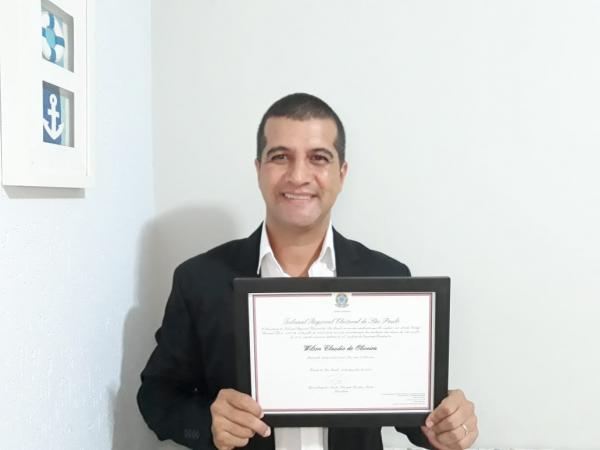 Subtenente Wilson de Avaré recebe diploma do TRE